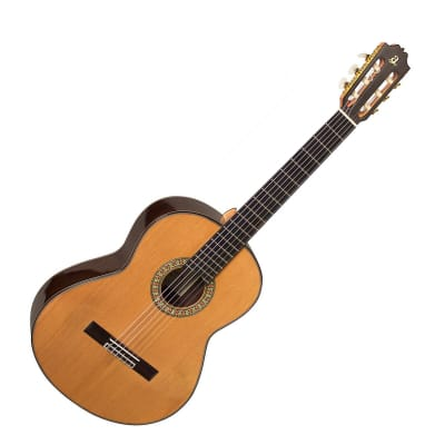 Admira F15 Classical Guitar (RRP £740) DPS for sale