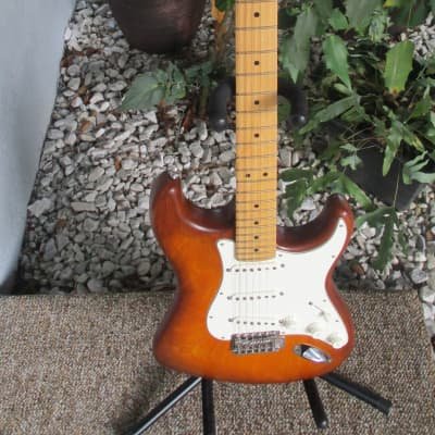 Fender  Fender American Special Hand Stained Stratocaster 2012 Honeyburst~Strat~w/Hard Case~USA~ for sale
