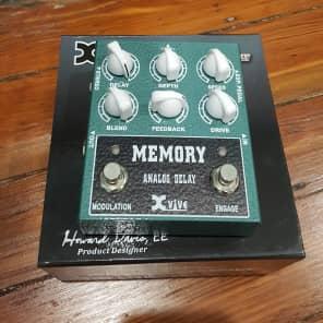Xvive XW3 Memory Analog Delay