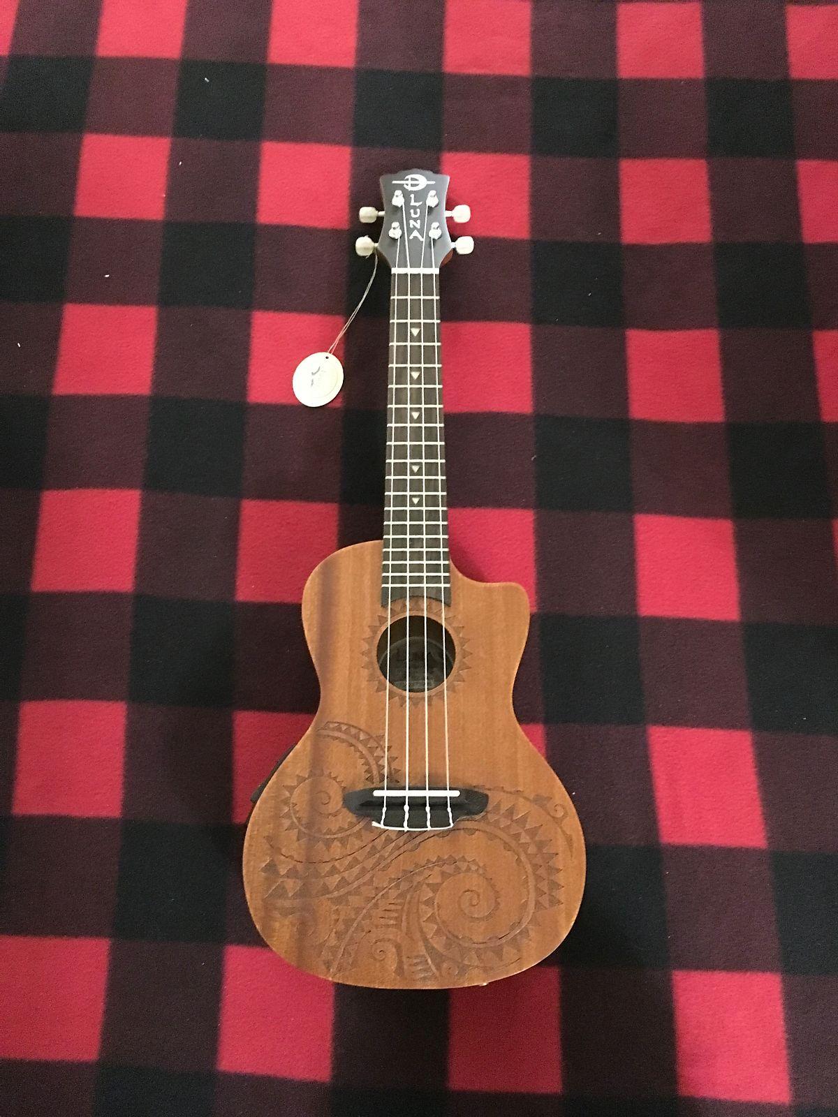 Luna Tattoo Mahogany Concert Ukulele (Acoustic/Electric)