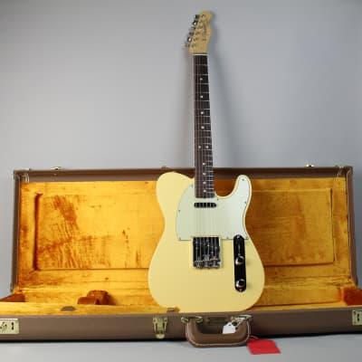 "Fender American Vintage ""Thin Skin"" '64 Telecaster"