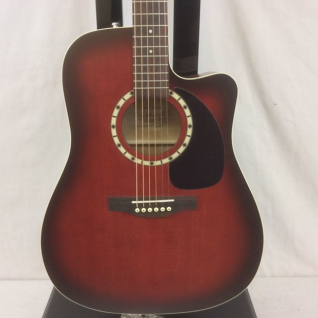 Art & Lutherie Cw Spruce Burgundy Eq Acoustic Guitar Sunburst