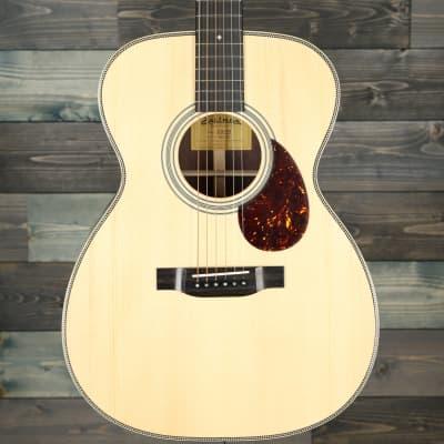Eastman E20OM Acoustic Guitar - Natural for sale