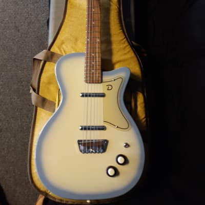 Danelectro  1999 for sale