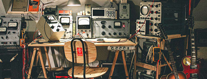 Show Us Your Space: Acouphonic Amp and Pedal Workshop in Vouvray, France
