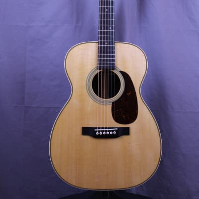 Martin OO-28 New w/case and factory warranty!  Free Shipping for sale