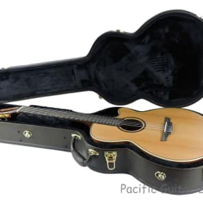 Takamine P3FCN Pro Series 3 FCN Cutaway Classical Nylon-String Acoustic/Electric Guitar Natural Satin