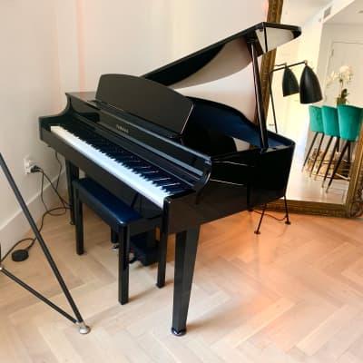 Must Sell-Yamaha Clarinova CLP-665 Digital Baby Grand Piano