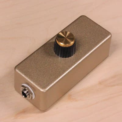 Master Volume Attenuator Control Box for Amp Effects Loop by Yooper Pedals