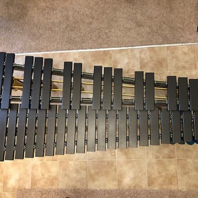 Musser M41 2016 Black Xylophone