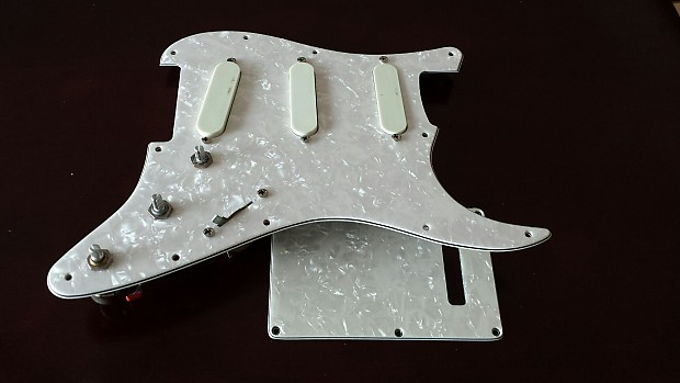 lace sensor eric clapton gold loaded strat reverb. Black Bedroom Furniture Sets. Home Design Ideas