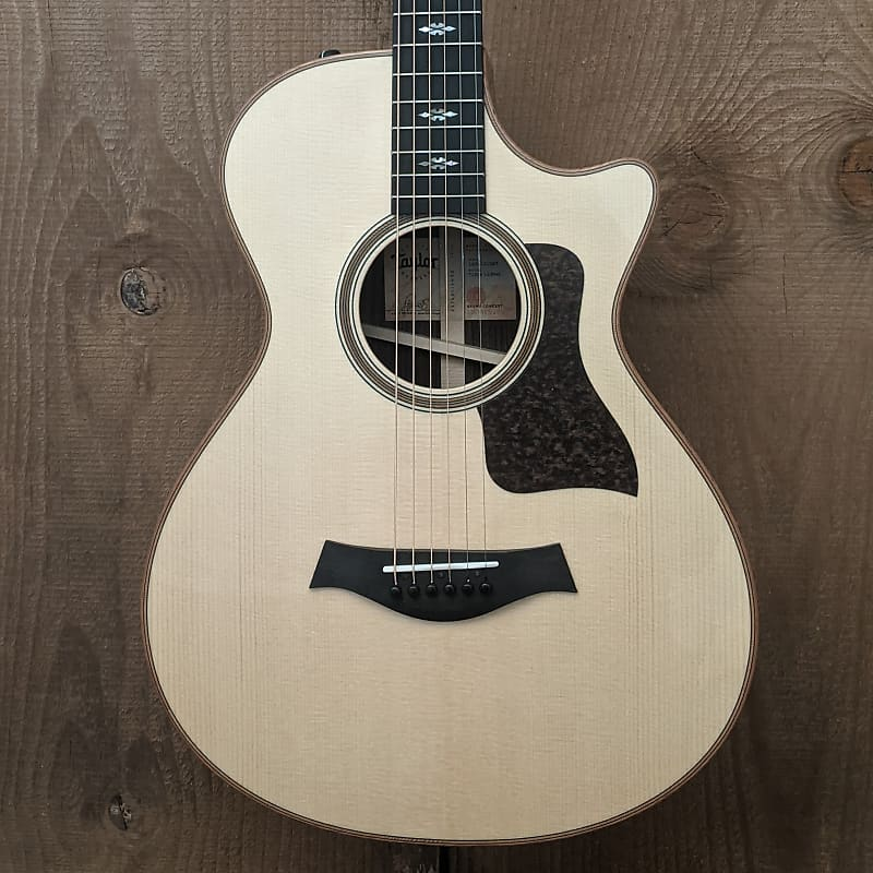 Taylor 712ce 12-Fret Grand Concert Acoustic Electric Guitar Natural