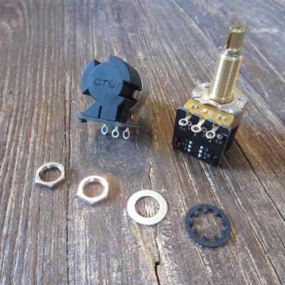 CTS Full Size DPDT Push/Pull Potentiometers | Long Shaft, 500 kΩ