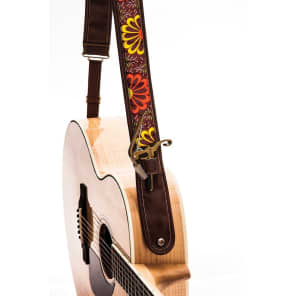 Kyser KS2B Leather Guitar Strap with Capo Keeper