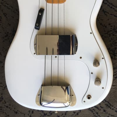Maya Precision Bass 80s Refinished White