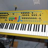 Waldorf yellow Q digital VA keyboard synth  2000-01, with SKB road case