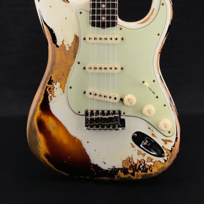 Fender Custom Shop NAMM Limited '60/63 Heavy Relic Strat in Aged Olympic White over 3-Tone Sunburst