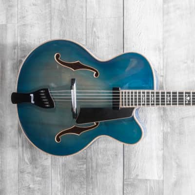 Buscarino Virtuoso 1998 Chinery Blue w/OHSC