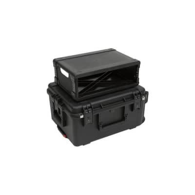 SKB iSeries Case with Removable 3U Injection Molded Rack Cage, TSA Latches and Wheels, Waterproof, 13  Rack Depth