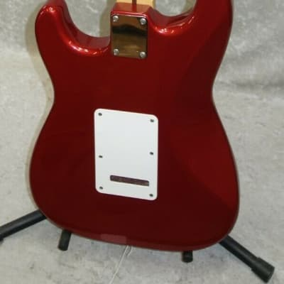 1995 Made in Mexico Fender Stratocaster Strat MIM guitar red finish w/ case