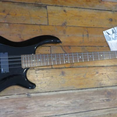 NOS Dean Edge 8 8-String Electric Bass Black for sale
