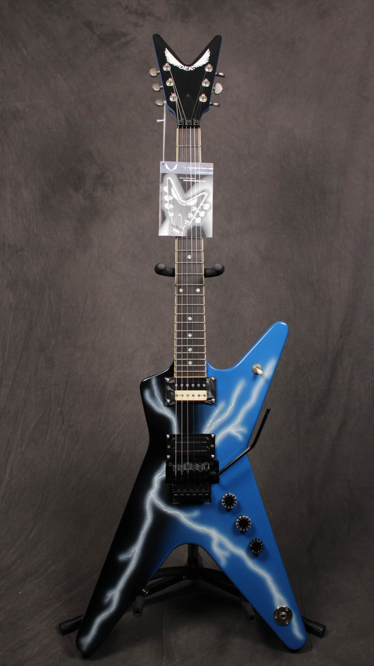 Dimebag Darrell Dean From Hell Lightning Blue Floyd Rose ...Dimebag Darrell Lightning Guitar