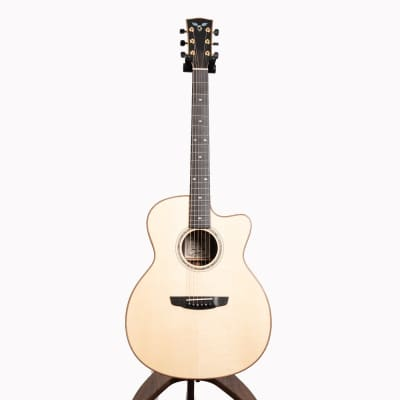 Goodall Concert Jumbo Acoustic Guitar, Master Grade Adirondack Spruce & East Indian Rosewood for sale