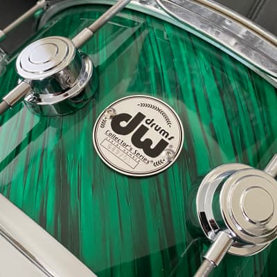 "DW Collectors Series 6.5"" x 14"" Maple Standard 10 ply  in Twisted Green Satin with Chrome Hardware"