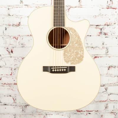 Martin Custom Shop GP-Style Cutaway, 000-Depth 14-Fret Acoustic Electric Guitar Antique White x1933