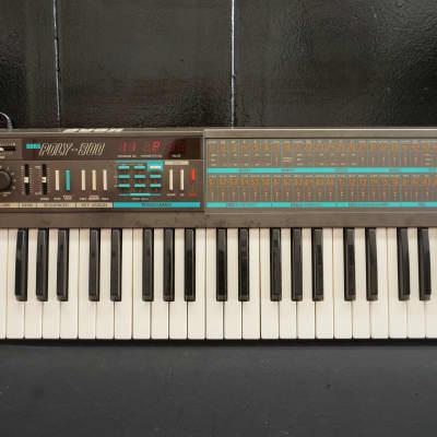 Korg Poly-800 Polyphonic Vintage Synthesiser