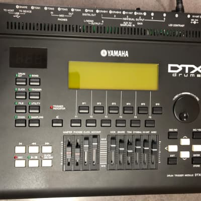 Yamaha DTX-900 Drum Trigger Module with Manual and Drum Cables