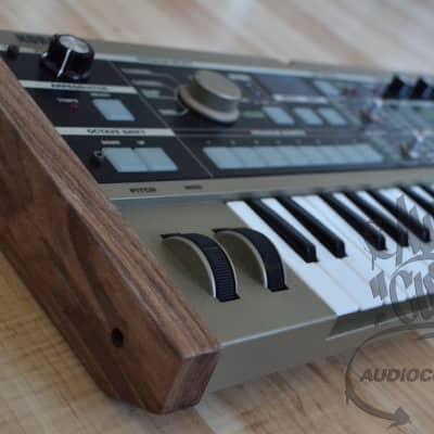 AudioCustom Korg MICROKORG - wood sides 2021