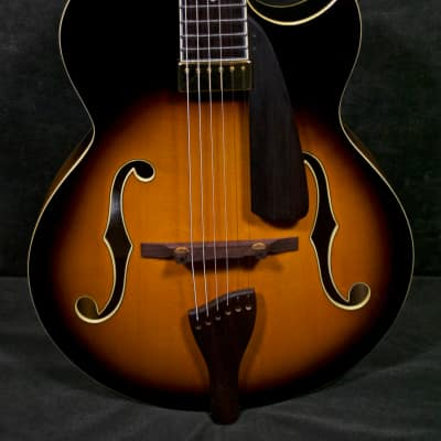 Peerless Martin Taylor Virtuoso Archtop Guitar w case 7335 Sunburst for sale