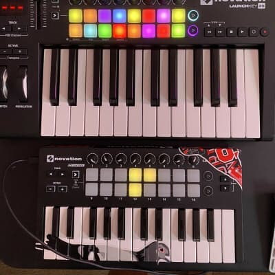 Novation Launchkey 25 MK2  and MKII  Launchkey mini (2 For 1)