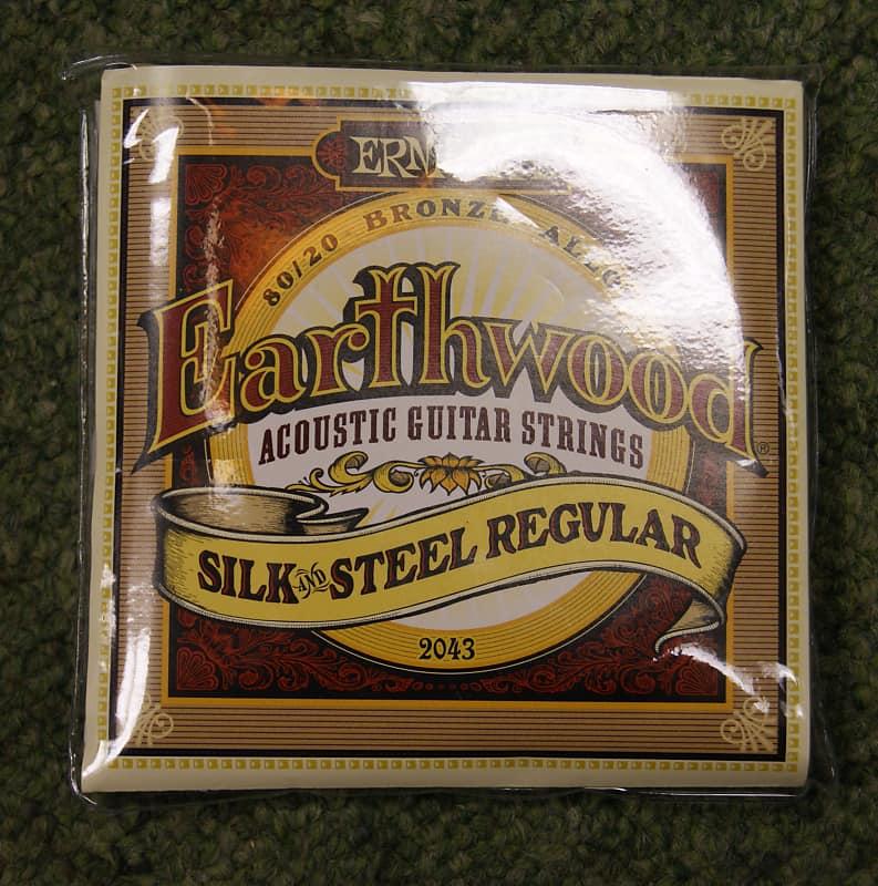 Ernie Ball 2043 Earthwood Silk and Steel Regular Strings