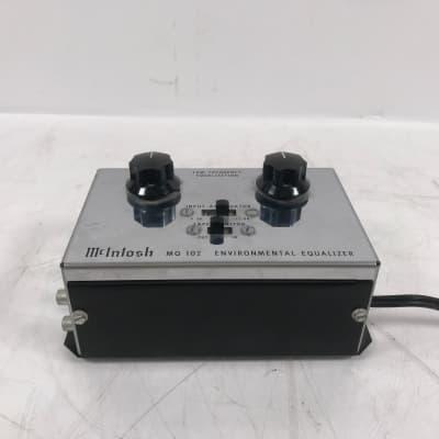 McIntosh MQ 102 Environmental Equalizer