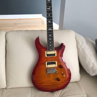 Paul Reed Smith PRS 2017 SE Custom 24 Creme Binding Electric Guitar Cherry Sunburst 2017 Cherry Sunb