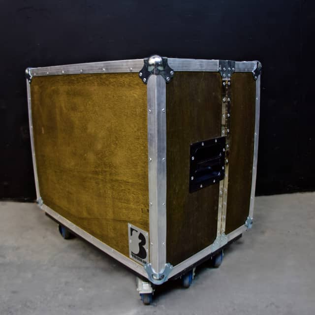 Brady Cases Shock-Mounted Stereo  2x12 ISO Isolation Cabinet ATA Case  Stained Wood image