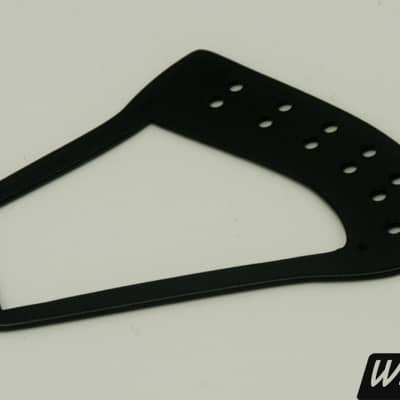 12-string black harp tailpiece for Rickenbacker guitars