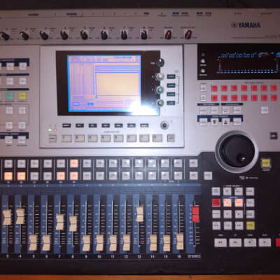 Yamaha AW4416 Professional Audio Workstation 16-Track Digital Recorder