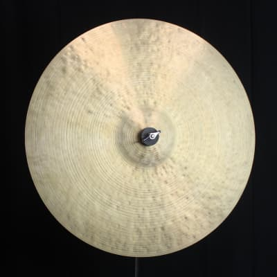 """Istanbul Agop 20"""" 30th Anniversary - 1894g (video demo)"""