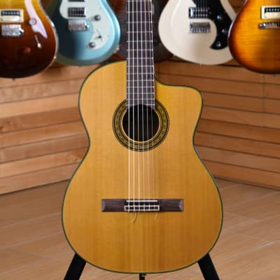 Takamine TC132SC for sale