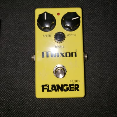Maxon FL-301 Flanger Yellow One Day Sale!
