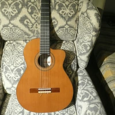 Ramirez R1 Classical Guitar 2008 Natural for sale