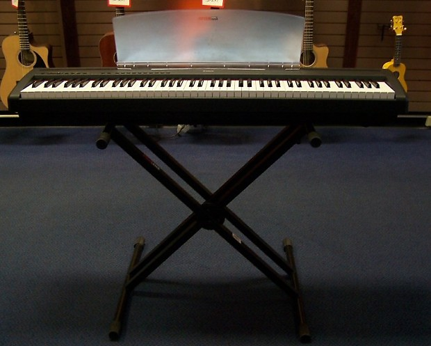 Yamaha P95 88 Key Digital Piano W/Stand Excellent!