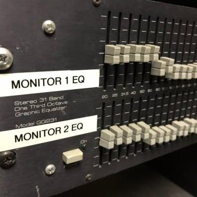 Ashly GQ321 Stereo Graphic EQ