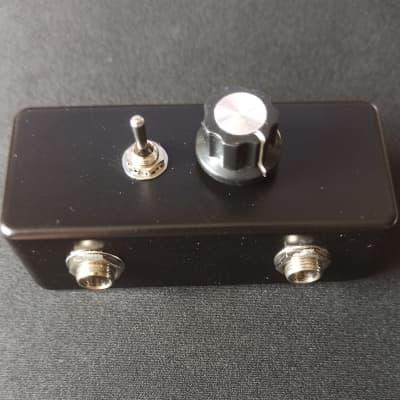 Guitar High Cut Pedal ( Amptweaker Defizzerator Clone ) for sale