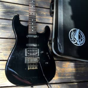 Charvel Model 3 HSS with Rosewood Fretboard