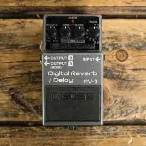 Boss RV-3 Digital Reverb/Delay