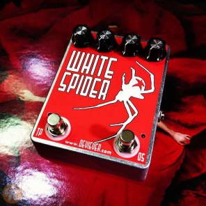 Devi Ever : FX White Spider